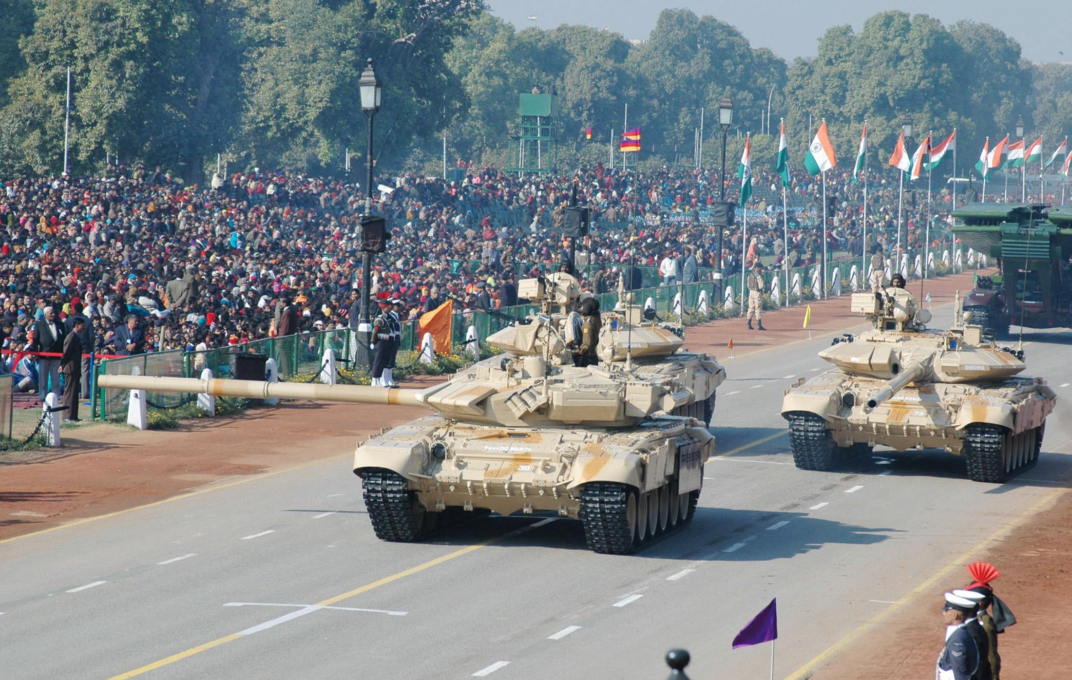 Bhishma T-90 S/SK Tank carroarmato india mbt