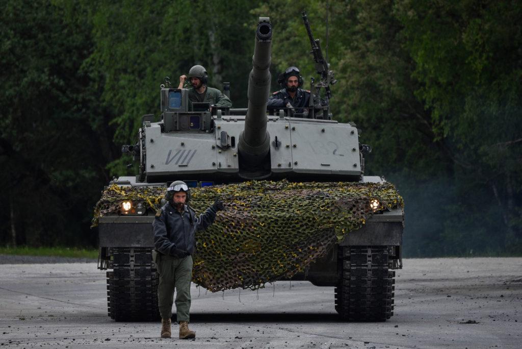 c1 ariete tank mbt italia carroarmato