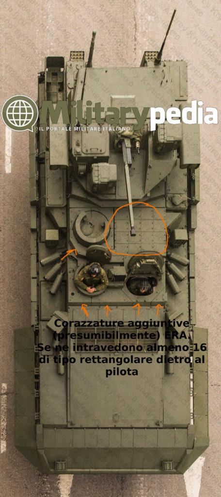 Infografia verticale sul T-15 Armata. Si notano un insieme di pannelli aggiuntivi (forse ERA).