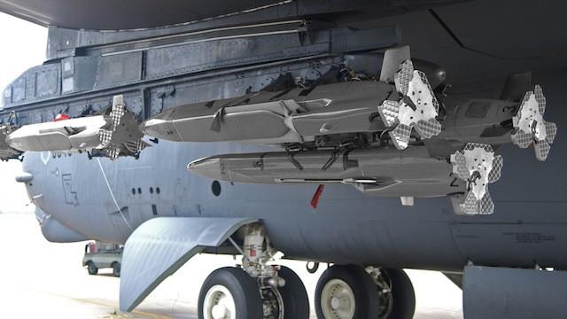 b-52 decoy expandable raythen mald missile guerra elettronic electronic warfare