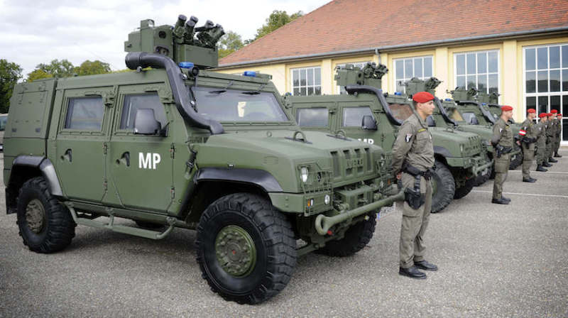 austrian army lince lynx lmv vtlm esercito military police husar