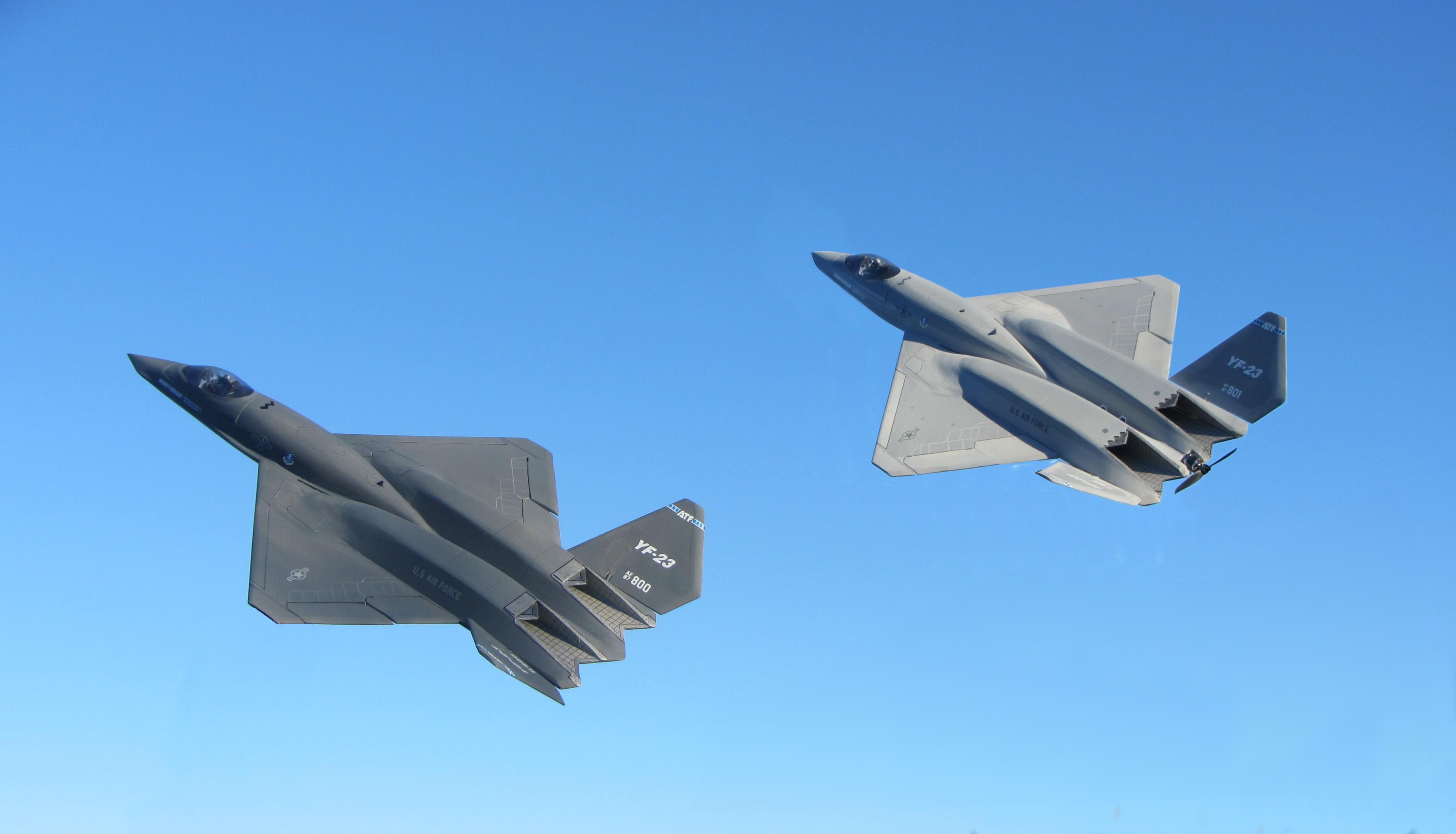 YF-23 vs F-22