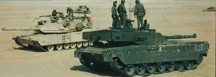 Carroarmato c1 ariete durante esercitazione Bright Star in Egitto nel 2001