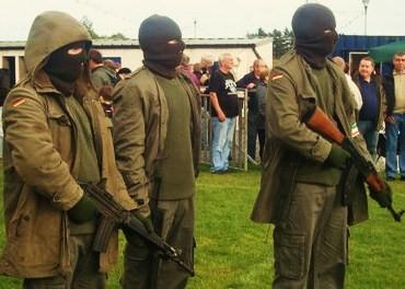 IRA COMMANDO ar 70/223