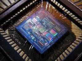 circuito integrato integrated circuit giroscopio gyro gyroscope