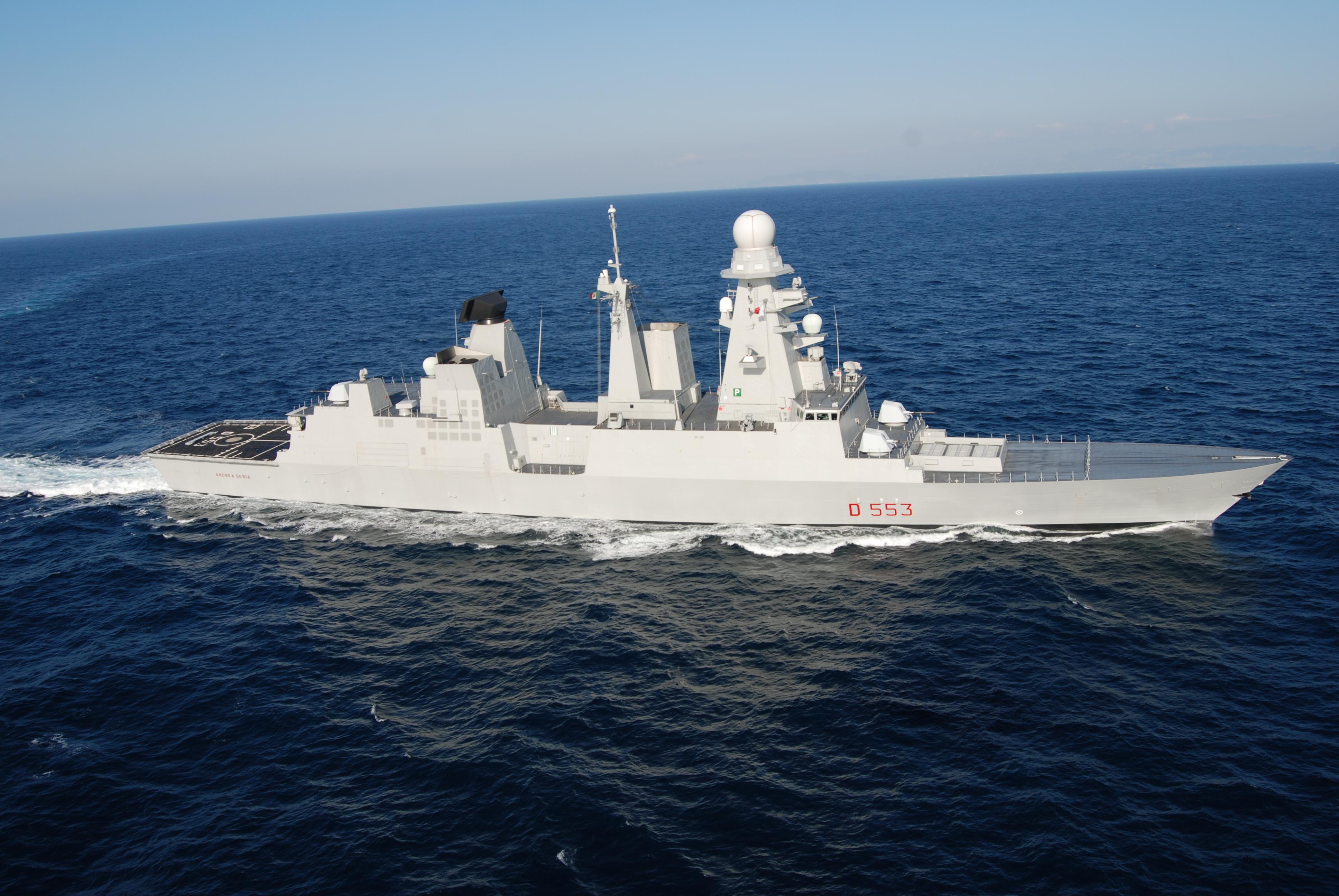 Risultati immagini per cacciatorpediniere lanciamissili Andrea Doria