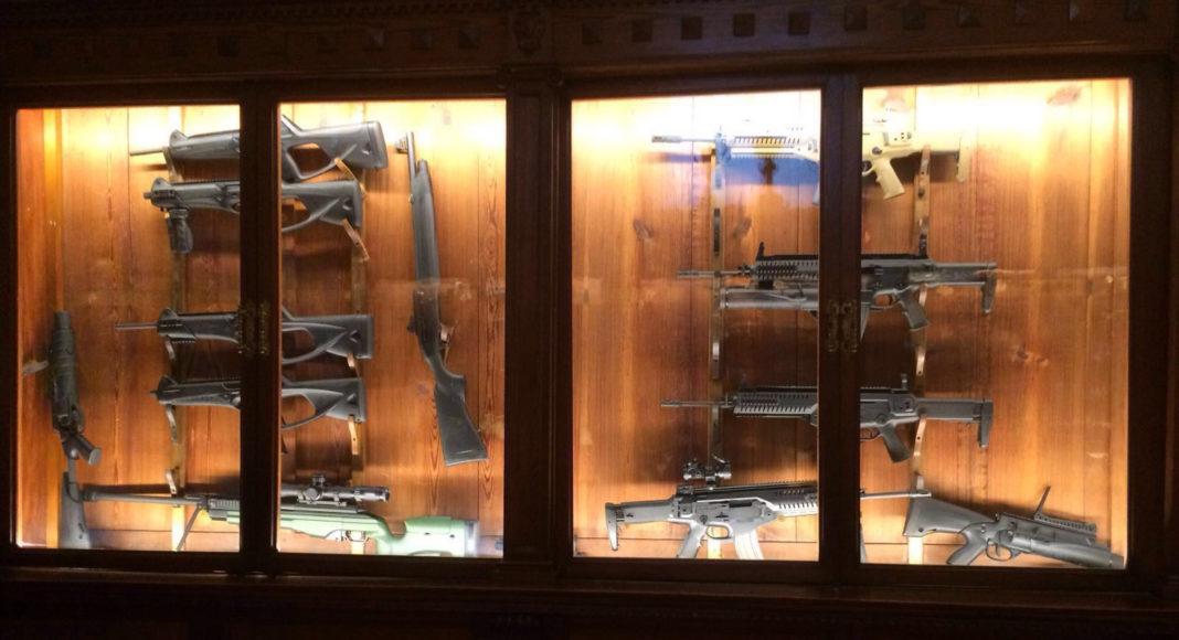villa pietro beretta collezione armi arx 160 glx 160