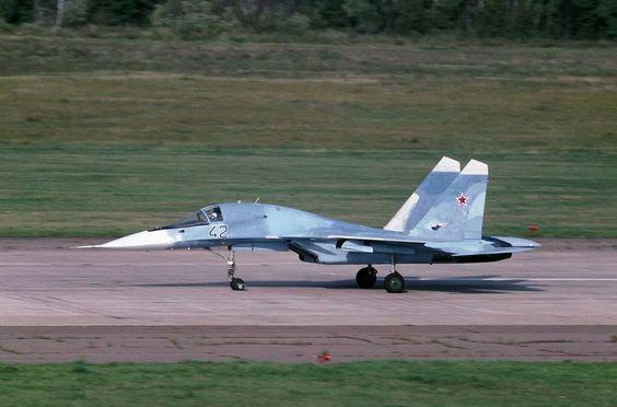 t-10v t-10W su-34 su-32 fullback prototype prototipo