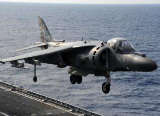 portaerei cavour marina militare aviazione av8b harrier plus